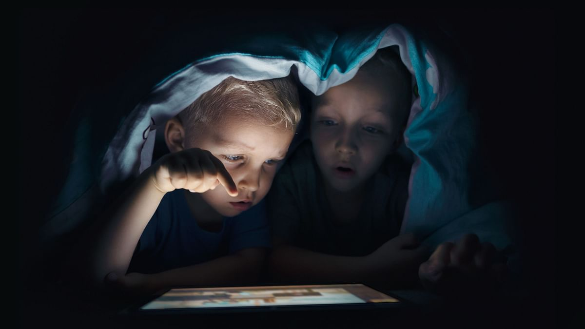 Screen time affects boys and girls differently, says study