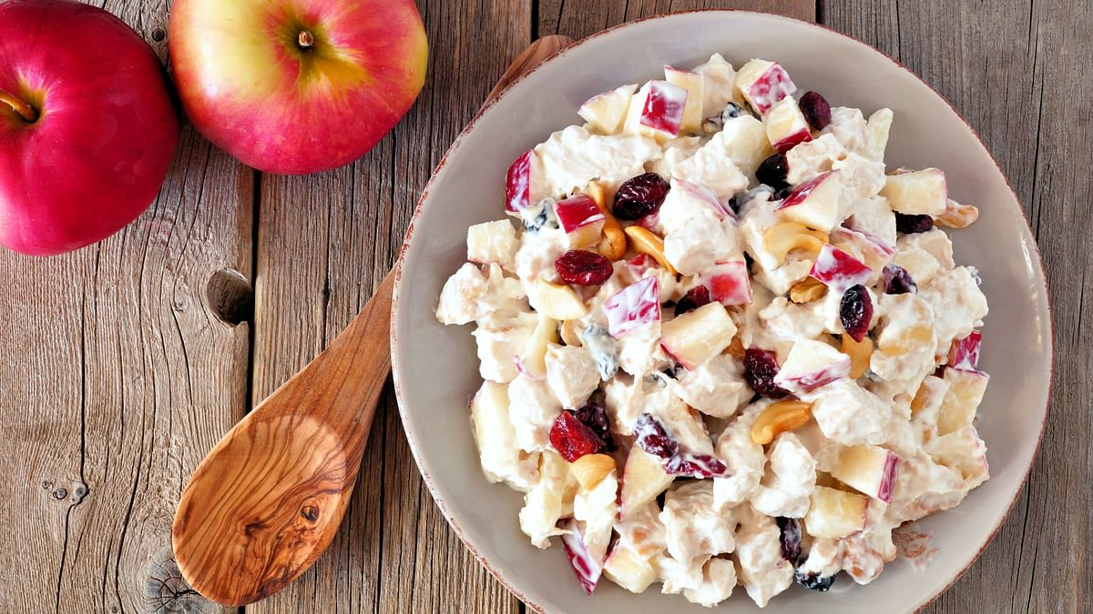 Yoghurt and Spiced Apple Salad