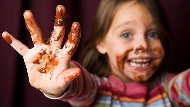 "<div class=""paragraphs""><p>Dark chocolate is very nutitious.</p></div>"