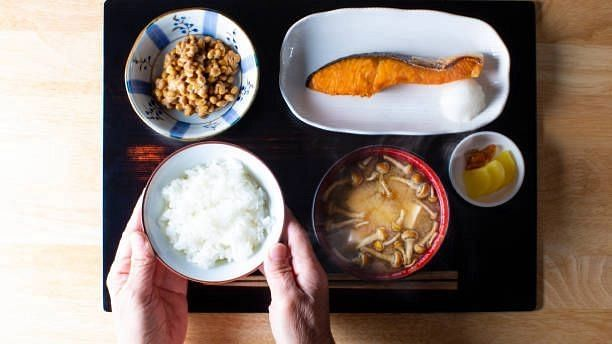 """<div class=""""paragraphs""""><p>Traditionally, Japanese people have assumed that Natto is good for their health.</p></div>"""