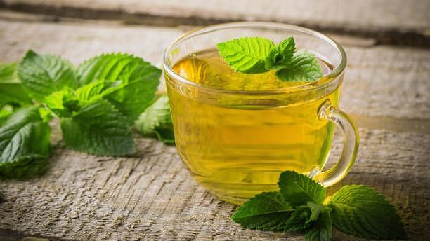 """<div class=""""paragraphs""""><p>Peppermint tea helps in soothing the mind</p></div>"""