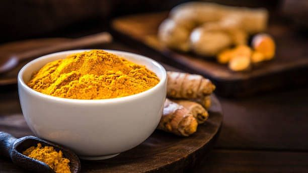 """<div class=""""paragraphs""""><p>Turmeric is now known as the golden milk world wide.</p></div>"""
