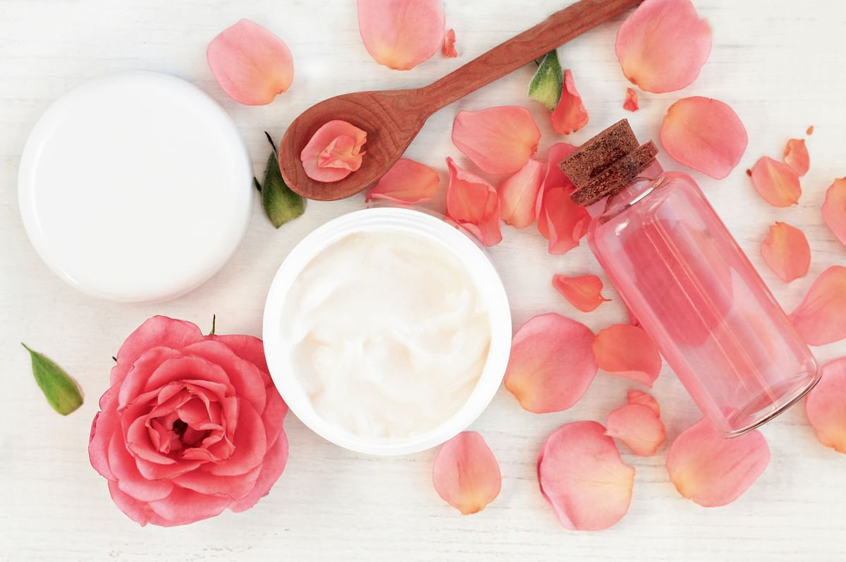 """<div class=""""paragraphs""""><p>DIY body butter with rose extracts&nbsp;</p></div>"""