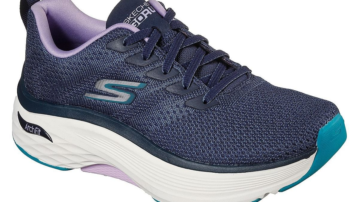 """<div class=""""paragraphs""""><p>Shop the latest ArchFit collection at <strong><a href=""""https://www.skechers.in/arch-fit"""">Skechers.in</a>&nbsp;</strong>and at your nearest Skechers outlet</p></div>"""