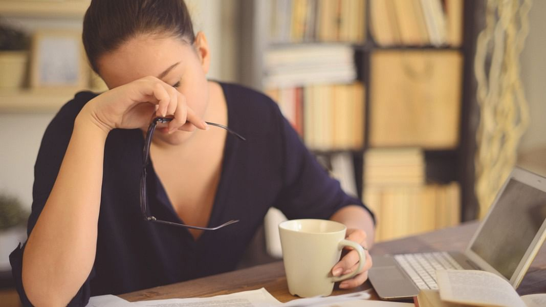 """<div class=""""paragraphs""""><p>COVID-19: Ways to manage mental health issues due to work from home.</p></div>"""