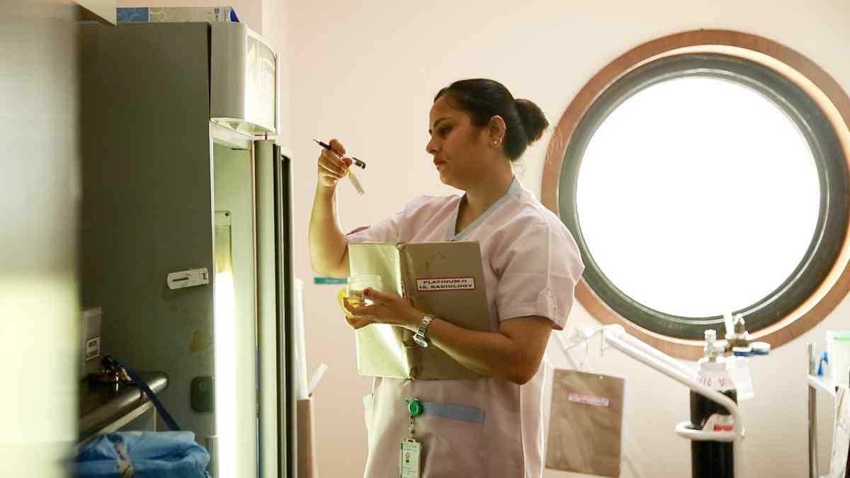 रुचि गिरधर, नर्स, अपोलो अस्पताल