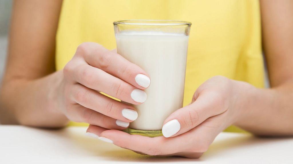 दूध को लेकर आपके मन में भी हैं ये सवाल? जानिए एक्सपर्ट्स के जवाब