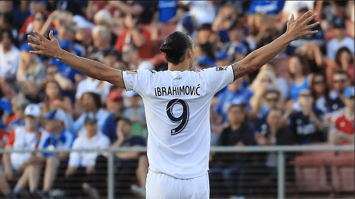 Zlatan Ibrahimovic Scores Outrageous 500th Career Goal Joins Ronaldo And Messi In Illustrious List