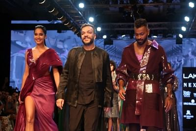 Hardik Pandya Turns Showstopper At Lakme Fashion Week